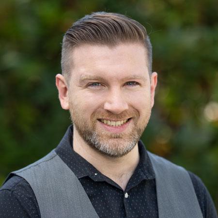 Financial Security Advisor Andrew Crampton